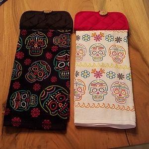 Sugar skull hanging dish towels
